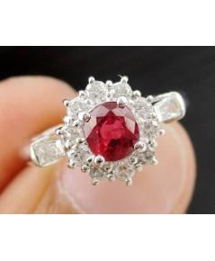 แหวน ทับทิมสยาม  ล้อมเพชร 12 เม็ด 0.45 กะรัต ตัวเรือนPT900 งานดีไซน์สวย นน. 4.50 g