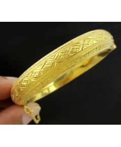 กำไล ทอง90 แกะลาย รอบวง เปิดข้าง ทองเก่า งานโบราณ สวยมาก นน. 35.89 g