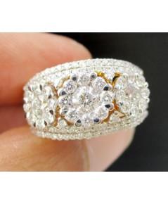 แหวน เพชรประกบ กระจุกกลม 3 ดอก เพชร 143 เม็ด 1.80 กะรัต ทอง90 เพชรขาว สวยมาก นน. 6.11 g