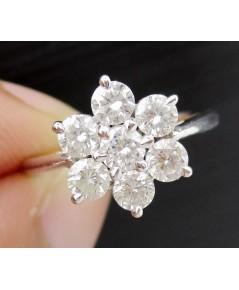 แหวน เพชร กระจุกพิกุล เพชร 7 เม็ด 0.70 กะรัต ทอง18Kขาว เพชรสวย เล่นไฟ วิ้ง วิ้ง นน. 3.32 g