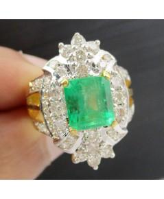 แหวน มรกต เจียร ล้อมเพชร 41 เม็ด 1.10 กะรัต ทอง90 เพชรขาว พลอยสวยมาก นน. 6.52 g