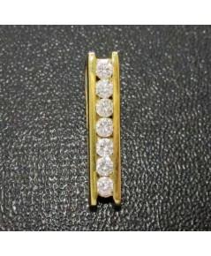 จี้ เพชรแถว เพชร 7 เม็ด 0.21 กะรัต ทอง90 หลุดจำนำ งานสวยมาก นน. 1.60 g