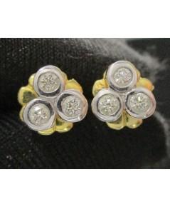 ต่างหู เพชรกระจุก 3 เม็ด รวม 6 เม็ด 0.18 กะรัต ทอง90 เพชรสวย เล่นไฟ วิ้ง วิ้ง นน. 2.62 g