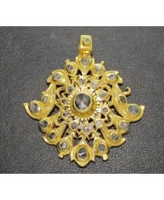 จี้ อุบะ เพชรซีก ฉลุลาย ทอง90 งานเก่า หลุดจำนำ สวยมาก นน. 17.00 g