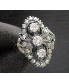 แหวน เพชรทรงมาคีย์ เพชรเกสร 3/0.32 ct ล้อมเพชรกุหลาบ 28/0.38 ct ทองK2สี งานเก่า หลุดจำนำ นน. 5.60 g