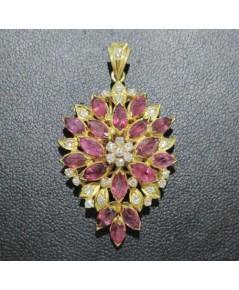 จี้ ทับทิม เจียร กระจุกดอกไม้ ฝังเพชรกุหลาบ 28 เม็ด 0.30 กะรัต ทอง90 งานสวย น่ารักมาก นน. 7.16 g