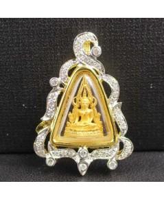พระพุทธชินราช เนื้อทองคำ กรอบทอง ล้อมเพชร 42 เม็ด 0.40 กะรัต นน. 6.40 g