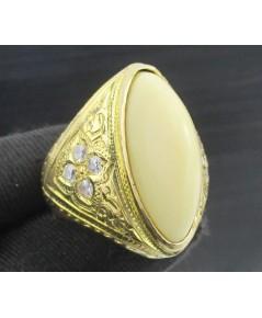 แหวน ทรงกองข้าว แกะลาย ฝังพลอยขาว ทอง90 งานเก่า หลุดจำนำ นน. 17.14 g