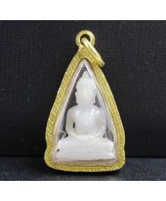 พระปางสมาธิ หยกขาว แกะสลัก เลี่ยมทองเก่า นน. 7.52 g