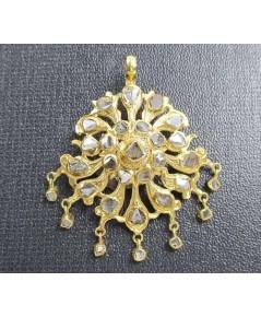 รหัสสินค้า: 50715 จี้ อุบะ เพชรซีก ฉลุลาย ตุ้งติ้ง ทอง90 งานเก่า หลุดจำนำ สวยมาก นน. 5.53 g