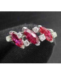 แหวน ทับทิม มาคีย์ 3 เม็ด ฝังเพชร 6 เม็ด 0.18 กะรัต งานทองขาวโบราณ(ปาหะ)  นน. 4.08 g
