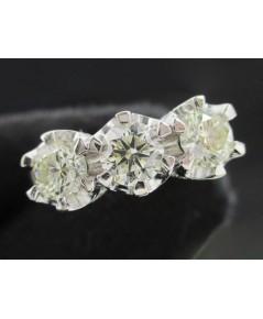 แหวน เพชรแถวชู 3/1.20 ct ฝังเพชร 56/0.70 ct ทอง90ชุบขาว งานสวยมาก นน. 5.50 g