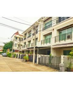 (บ้านเช่าไปแล้ว) บ้านเช่าใกล้รถไฟฟ้าวุฒากาศ / ทาวน์โฮมให้เช่าถูก บ้านกลางเมืองสาธร-ตากสิน Urbanion