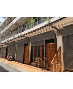 บ้านเช่าบางรัก/ ตึกแถว 3 ชั้น ถนนนเรศ หลังสำนักงานเขตบางรัก บ้านเลขที่ 3/9 แขวงสี่พระยา บางรัก กทม.