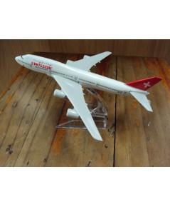 โมเดลเหล็ก เครื่องบินโดยสาร Swiss Air ATLANTIC Airlines Boeing 737 16 เซ็นติเมตร