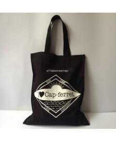 กระเป๋าสะพาย ผ้าแคนวาส (CAPFERRET)