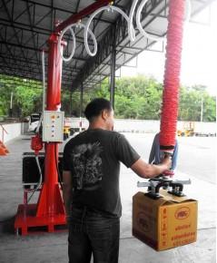 Mobile jib crane TP100/802 Vaculex Vacuum lifter เครื่องช่วยยกกล่อง 40 กก. ระบบสุญญากาศ