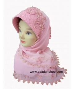 ฮิญาบผ้าชีฟองมีหน้าสีชมพู ติดลูกปัดและคริสตัลแบบละเอียด (พร้อมส่ง)