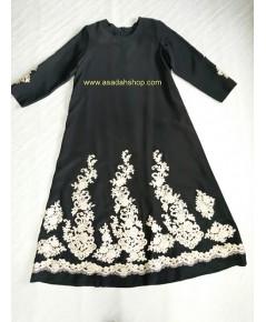 ชุดมุสลิมะห์สีดำ ตกแต่งเชิงลูกไม้สีทอง (พร้อมส่ง)