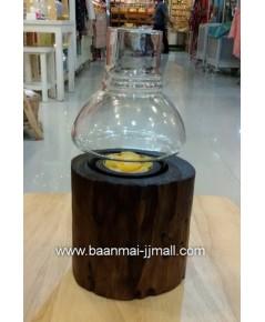 เชิงเทียนหอมไม้สัก มีครอบแก้ว ขนาด กว้าง 4 นิ้ว สูง 8 นิ้ว และ สูง 5.5 นิ้ว