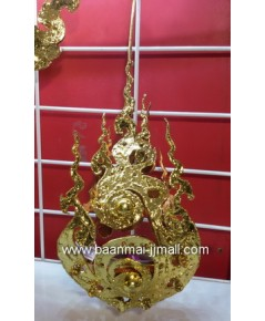 ตะเกียงแขวนรูปหยดน้ำทองลายไทยแกะสลักโลหะปิดแผ่นทองคำเปลว ใส่เทียนหอมอะโรม่า  ขนาด 4 นิ้ว สูง 7 นิ้ว