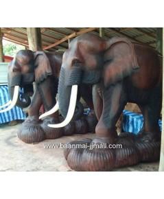 ช้างขนาดใหญ่ สูง 2 เมตร