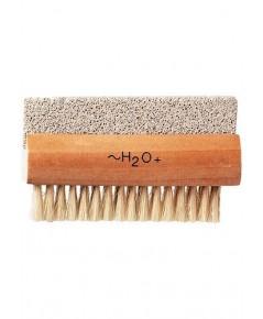 H2O 2-in-1 Pumice Nail Brush แปรงขัดเท้าและเล็บค่ะ