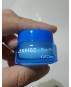 Laneige Water Bank Gel Cream 10ml. เจลเนื้อเนียนบางเบาสูตรน้ำเติมความชุ่มชื้อสำหรับผิวมัน(ขนาดทดลอง)