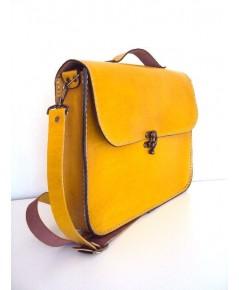 Test product กระเป๋า notebook หนังแท้สีเหลือง