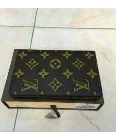 ปกพาสปอร์ต Louis Vuitton ลายโมโน
