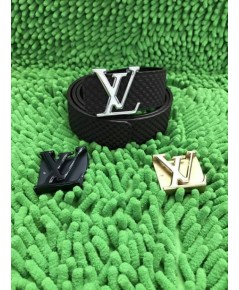 Louis Vuitton  initiales  belt   สลับด้านใส่ได้