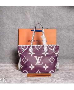 Louis Vuitton Monogram Geant Neverfull Bag