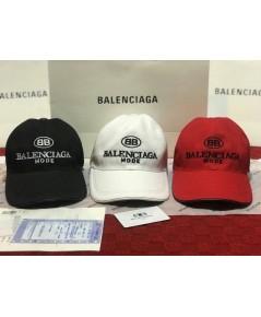 Balenciaga  หมวก