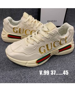 รองเท้า gucci