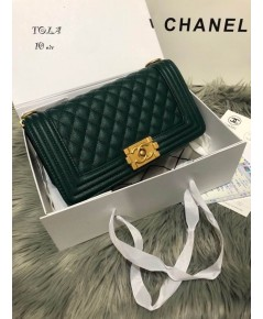 Chanel Le Boy Flap Shoulder Bag 10 นิ้ว