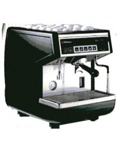 เครื่องชงกาแฟแบบกึ่งอัตโนมัติ