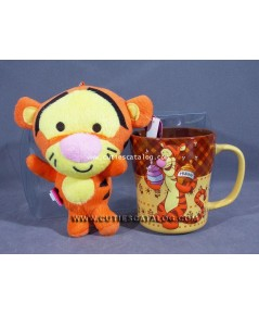 แก้วทิคเกอร์ พร้อมตุ๊กตาทิคเกอร์ (Tigger mug with Tigger doll)