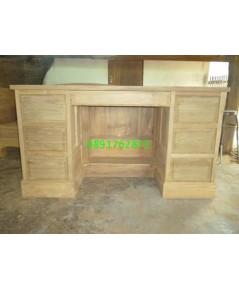 โต๊ะทำงานไม้สักขาทึบ