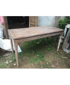 โต๊ะกลางไม้สักขากลึง