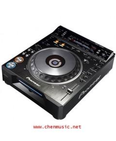 Pioneer CDJ-2000 DJ