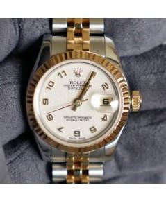 Rolex DateJust179173 lady 26mm หน้าปัดขาวลายคอมเลขอารบิกตัวเรือนสองกษัตริย์