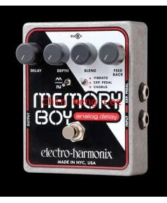Electro Harmonix Memory Boy ( Analog Delay with chorus / tempo)
