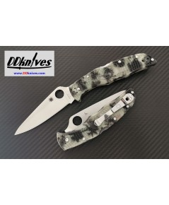 มีดพับ Spyderco Endura 4 Satin Plain Blade with Glow in the Dark ZOME Handle (C10ZFPGITD)