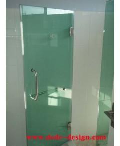 กระจกกั้นห้องอาบน้ำ