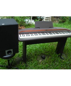 เปียโนไฟฟ้า ยี่ห้อ SUZUKI รุ่น km-88 ปรับระดับน้ำหนักคีย์ และบันทึกเสียงได้ พิเศษสุดแถม amp 100w