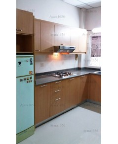 ชุดครัว Built-in ตู้ล่าง โครงซีเมนต์บอร์ด หน้าบาน Melamine สีบีช
