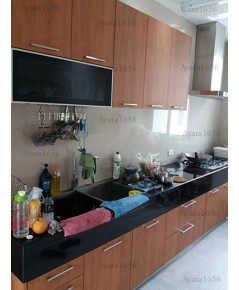 ชุดครัว Built-in โครงซีเมนต์บอร์ด หน้าบาน Laminate สี Hazelnut Cherry