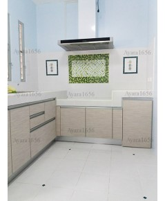 ชุดครัว Built-in ตู้ล่าง โครงซีเมนต์บอร์ด หน้าบาน Laminate สี Smoke Strand - ม.ชัยพฤกษ์