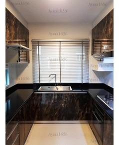 ชุดครัว Built-in ตู้ล่าง โครงซีเมนต์บอร์ด หน้าบาน Laminate สี Marbled Cappuccino - ม.ภัสสร