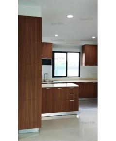 ชุดครัว Built-in ตู้ล่าง โครงซีเมนต์บอร์ด หน้าบาน Laminate สี Oiled Legno ลายไม้